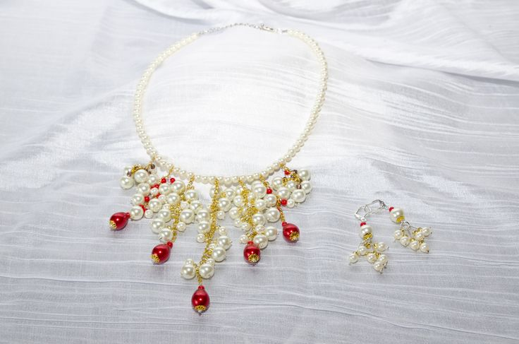 River of pearls necklace and earings