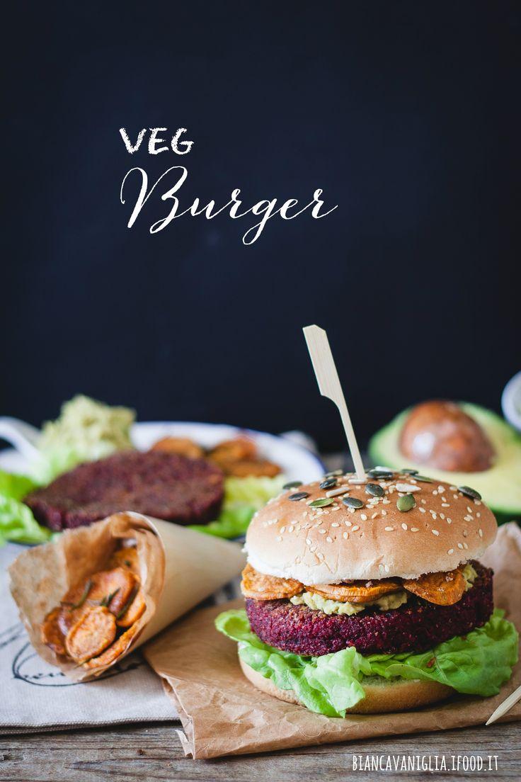 Il veg burger è una valida alternativa al solito hamburger di carne. Può essere realizzato con tantissime combinazioni di legumi, cereali e ortaggi. Pensate a ingredienti come: quinoa, bulghur, miglio, lenticchie, ceci, fagioli, zucca, zucchine, patate, e tanto altro.Per realizzare un panino del g…