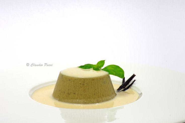 Budino di melanzane con salsa di bufala