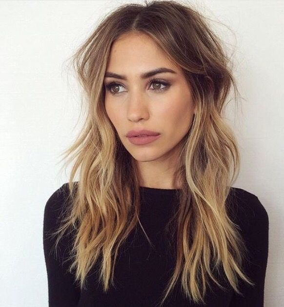 Love the loose waves, and color!
