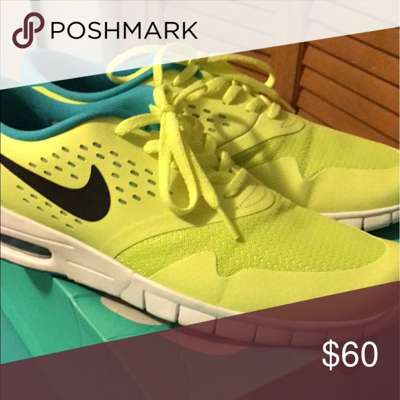 Nike max, size 11 mens Size 11 worn once to narrow for my feet, excellent condition! Nike Shoes