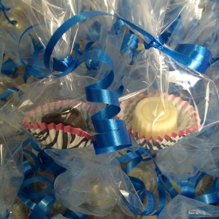 Wedding blue theme individual packed chocolates #sweetremembrances