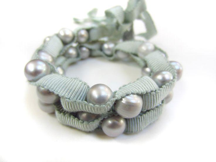 Braccialetto+di+nastro+e+perle+naturale++di+Chantal+Dee+su+DaWanda.com