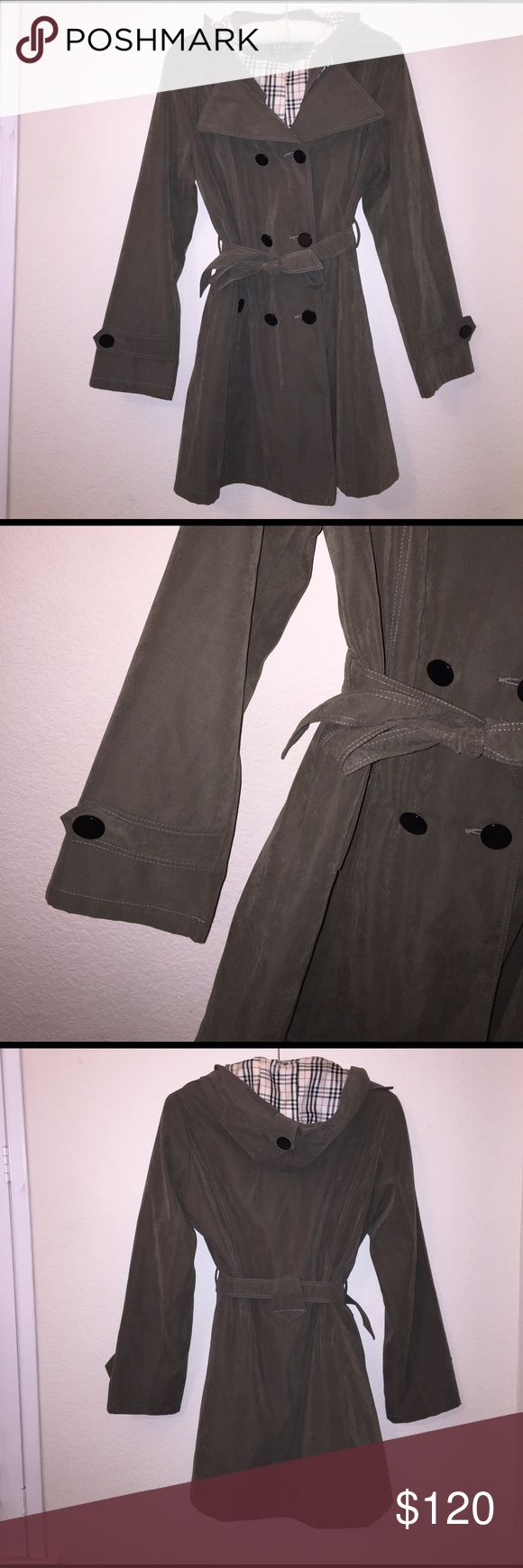 """Dolce & Gabbana Short Trench Coat Olive green micro suede short trench in excellent condition! Measurements: Armpit: 19"""" Shoulder: 17"""" Length: 29"""" Arms: 22"""". No flaws. Feel free to ask any questions! Dolce & Gabbana Jackets & Coats Trench Coats"""