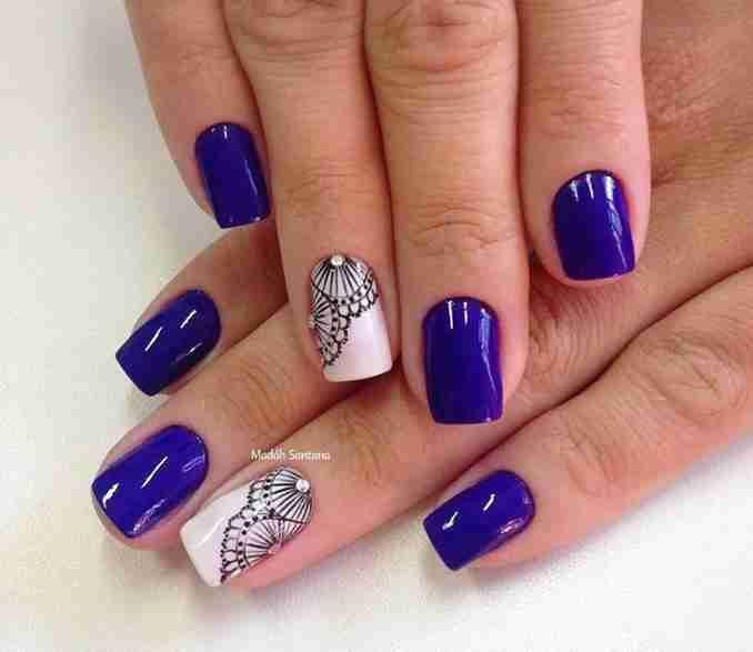 As unhas decoradas se tornaram mania nacional. Hoje é possível fazer diversos tipos de decoração devido às inúmeras técnicas utilizadas, que permite diversos efeitos nas unhas.  Como hoje o mercado de ...