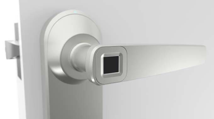 Ola Smart Lock Lets You Open Door with Your Fingerprint
