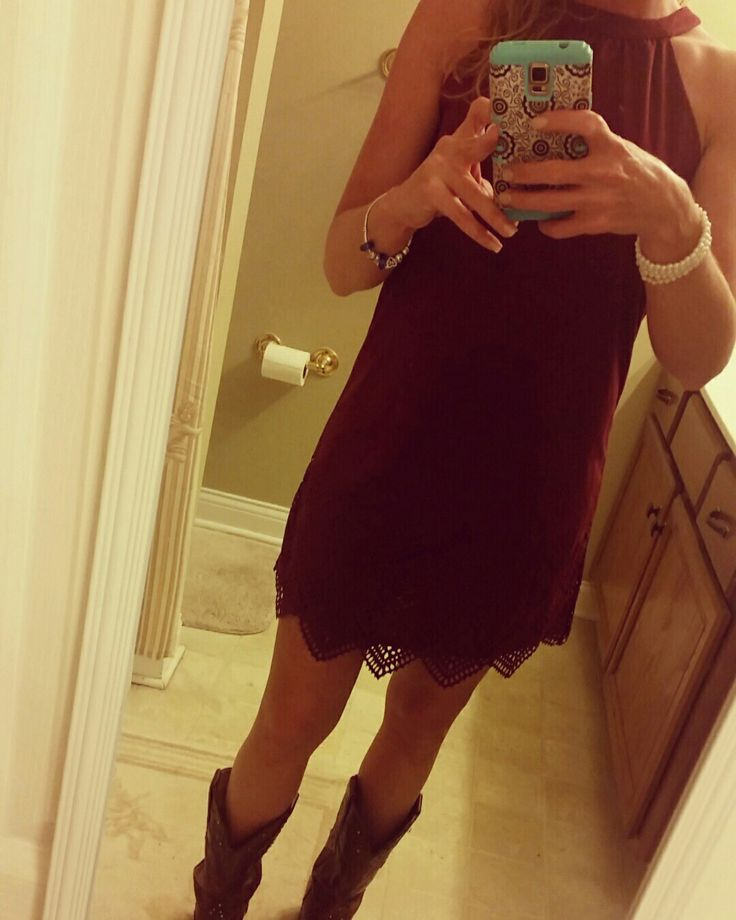 Country concert dress. Burgundy. Cowboy boots.