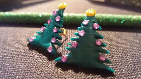 Christmas tree earrings di AFJewelryAndMore su Etsy