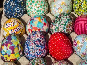 17 migliori idee su decorare le uova su pinterest - Idee per decorare uova di pasqua ...