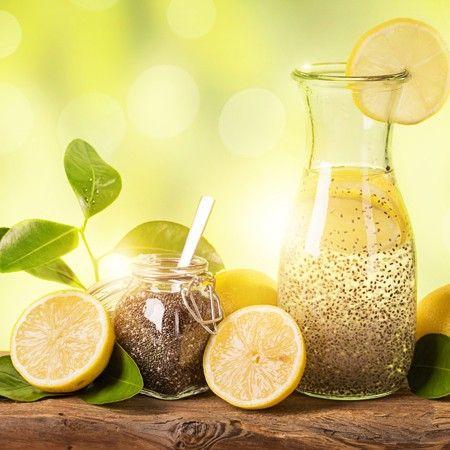 Chiawasser mit Zitrone – das ideale Getränk zum Abnehmen