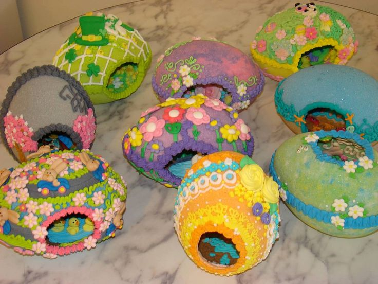 Themed panoramic sugar eggs- Go Bunnies Go!, Year Of The Rabbit, St Patty's Day, Sea Shore Adventure, Bunny Hole Heaven, Easter Egg Hunt, Swan Lake, Intricate Details, Happy Bunny Rose garden. ThisLife 2011