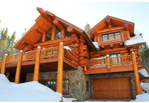 les 37 meilleures images du tableau maisons en bois sur pinterest maisons en bois cabanes en. Black Bedroom Furniture Sets. Home Design Ideas
