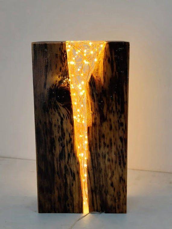 Zurückgewonnen eantik Kiefer Holz und Harz Licht Block