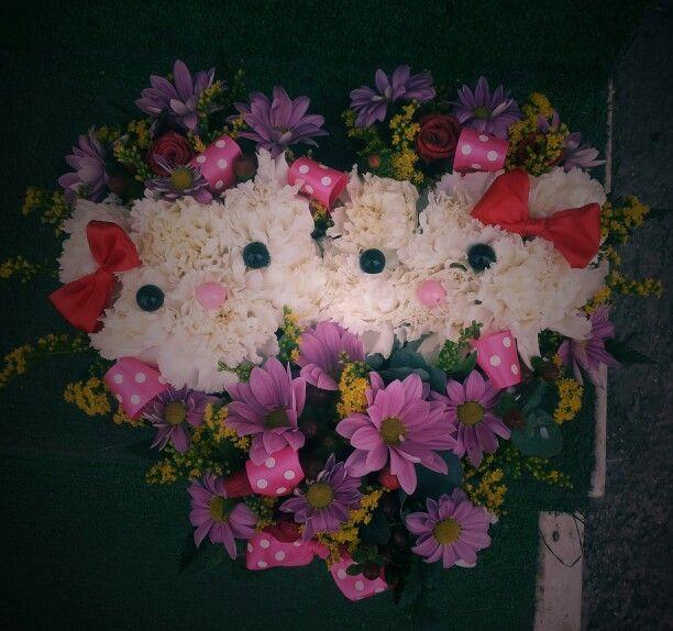 Hello Kitty flower heart