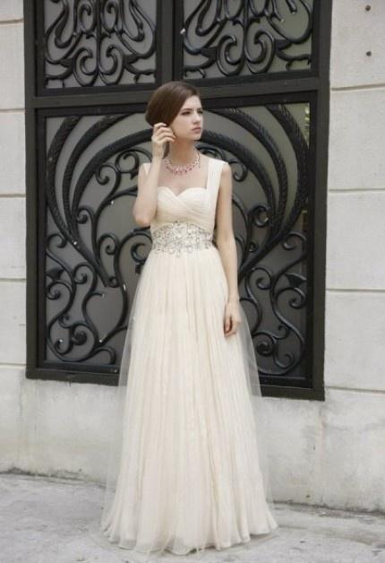 Pretty wedding dress with a unique, feminine shape.