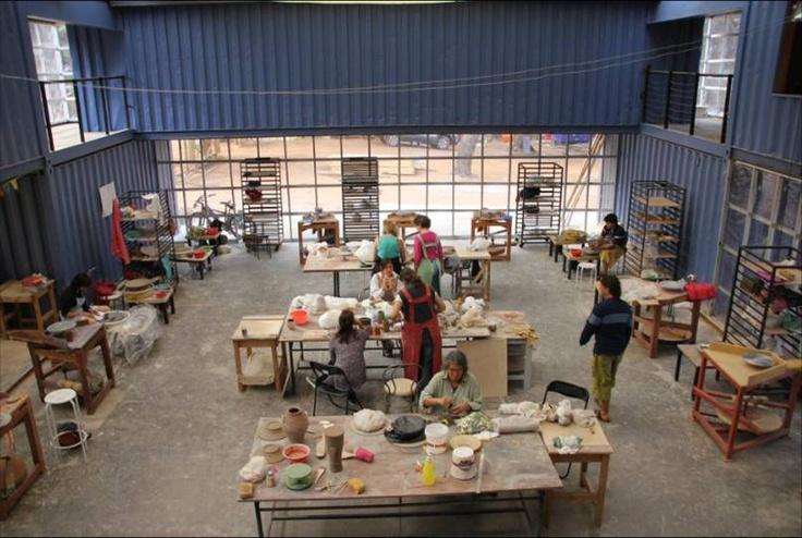 Nuestros cursos de verano en su máximo esplendor!! Más información en nuestra FanPage en Facebook   http://www.facebook.com/pages/Centro-de-Arte-Curaumilla-Curaumilla-Art-Center/22657055217