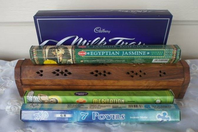 This is a great Gift Pack for the Incense and Chocolate lover.Includes:3 Packs of Incense (Incense may vary depending on availability)1 Wooden Incense Holder1 Box of Milk Tray ChocolatePostage to anywhere in Australia.Gift wrapping in quality brown paper and choice of ribbon.