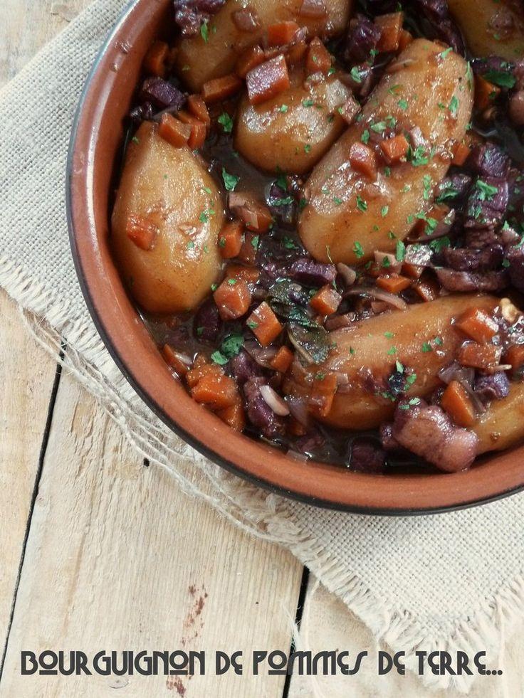 """Le bœuf bourguignon, grand classique de la cuisine française, est sans doute un des plats le plus réconfortant qui soit, le top pour affronter la rigueur de l'hiver. Fréderic Anton nous le propose en version pomme de terre dans son livre bien nommé """"pomme..."""