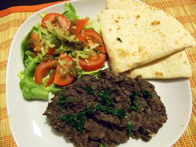 vegan and vain: Frijoles refritos,czyli odsmażana czarna fasola