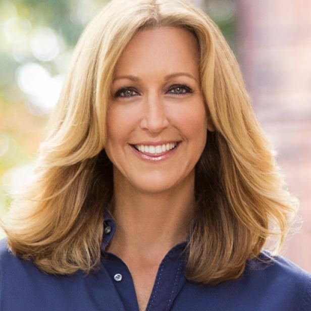 Learn more about Lara Spencer, host of Flea Market Flips and I Brake for Yard Sales.