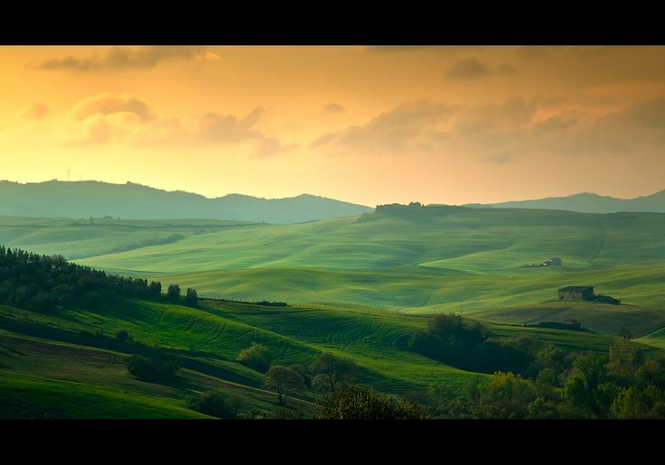 Val d'Orcia hills by David Butali on 500px
