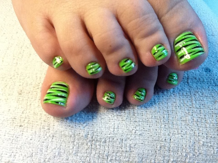 Lime green zebra nail design by Tish