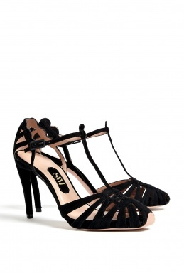 SW1 Hitendril Cut-Out T-Bar Shoe