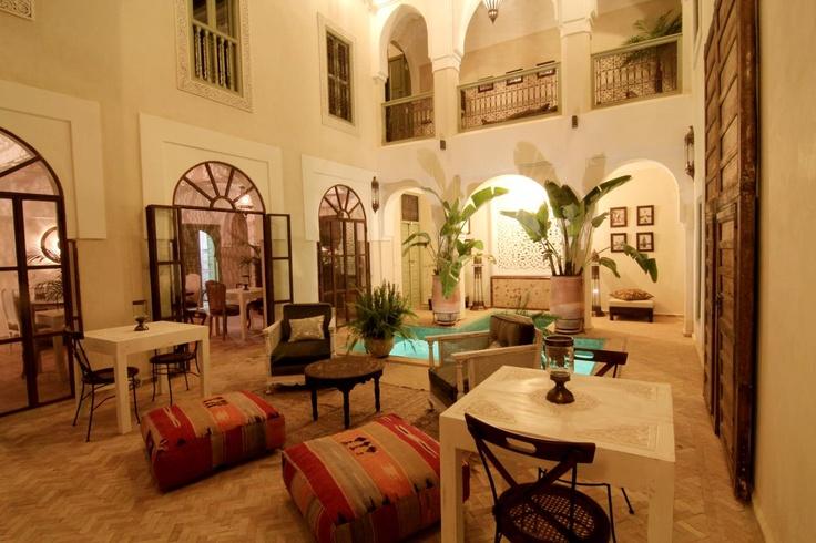 Patio Palacio de las Especias. www.palaciodelasespecias.com