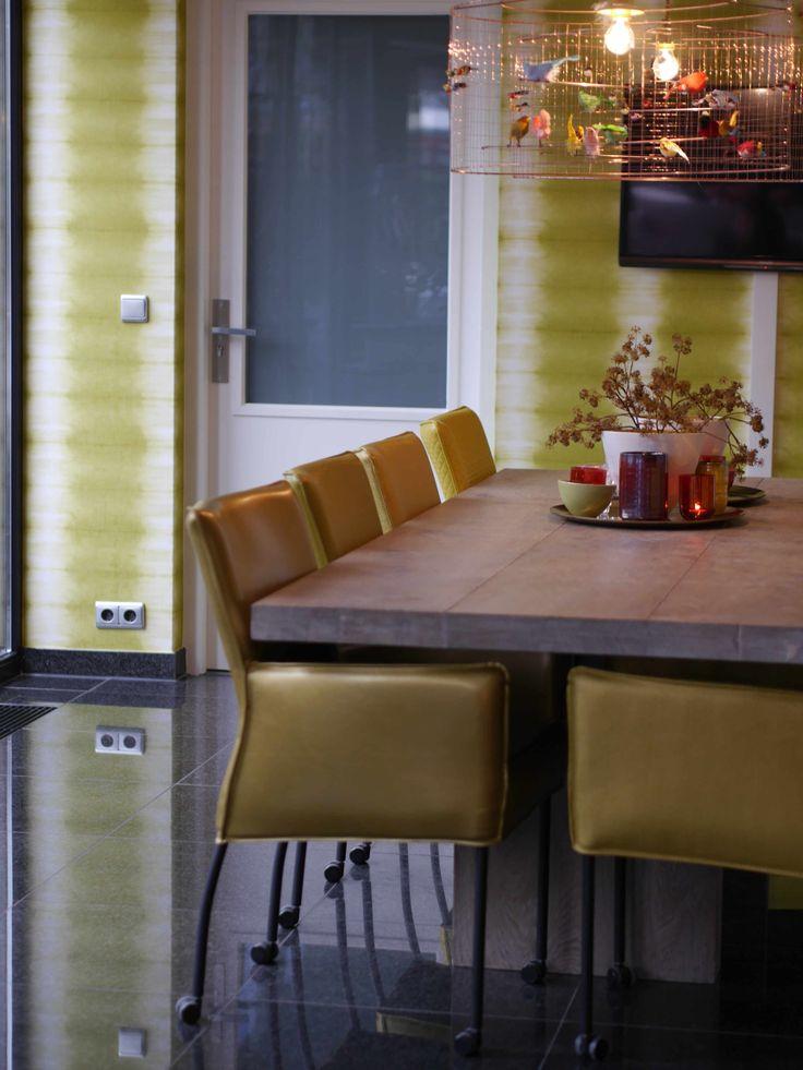 Designers guild behang in de eetkamer. Project ingericht door Ambiance Naaldwijk