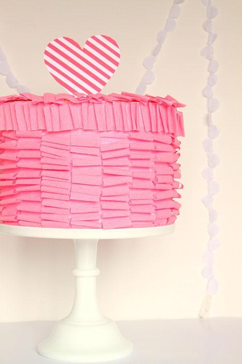 139 best Valentine\'s Day • Crafts images on Pinterest | Valentine ...