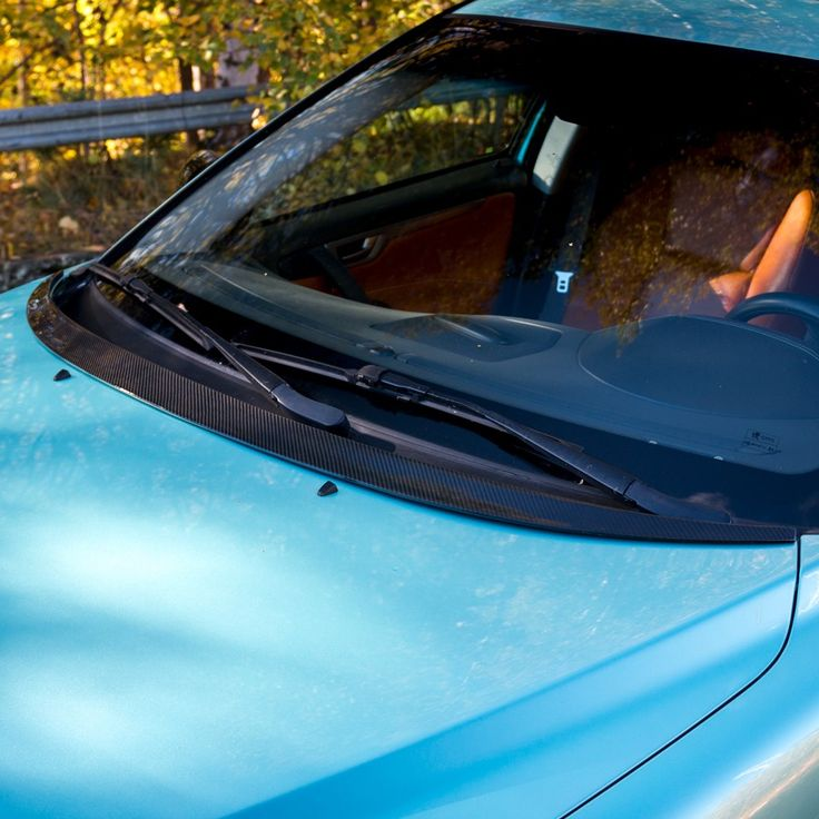 Huvspoiler till Volvo S60, V70, XC70, kolfiber - Vparts.se
