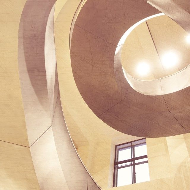 Fibonacci Twist - Qrator