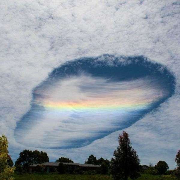 Fenômeno raro cria arco-íris dentro de nuvem na Austrália