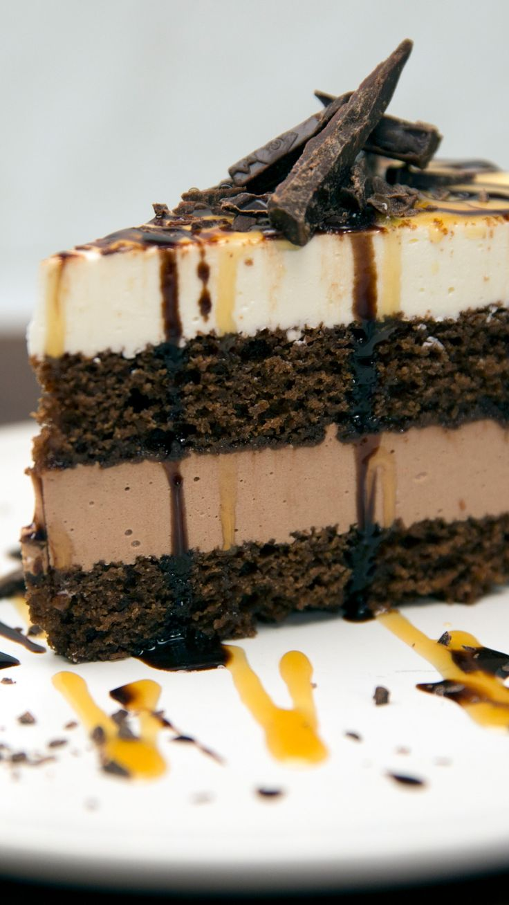 Chocolatey, caramel-y, cheesecake-y goodness, all in one cake.