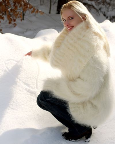 Ivory-Hand-Knitted-Mohair-Sweater-Fuzzy-Cowlneck-Handmade-Dress-SUPERTANYA-M-L