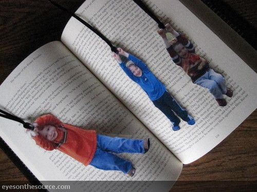 Photo Bookmarks   eyesontheource.com  Love this idea for parent or grandma gifts!