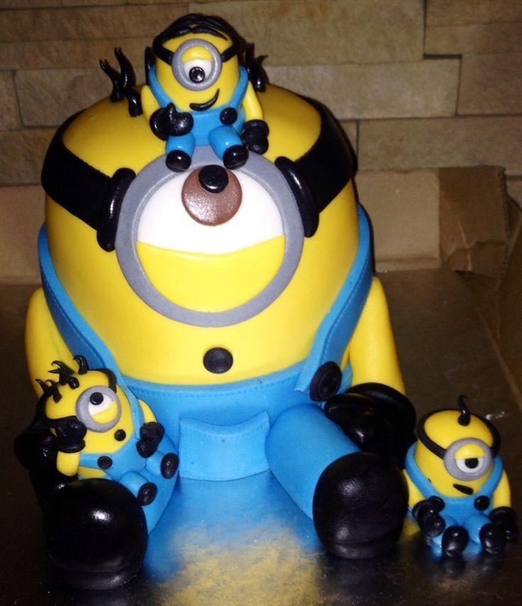 Minion and mini minion cake