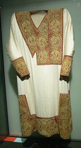 11th century Bamberg tunic - the dalmatic of Heinrich II (reconstruction)