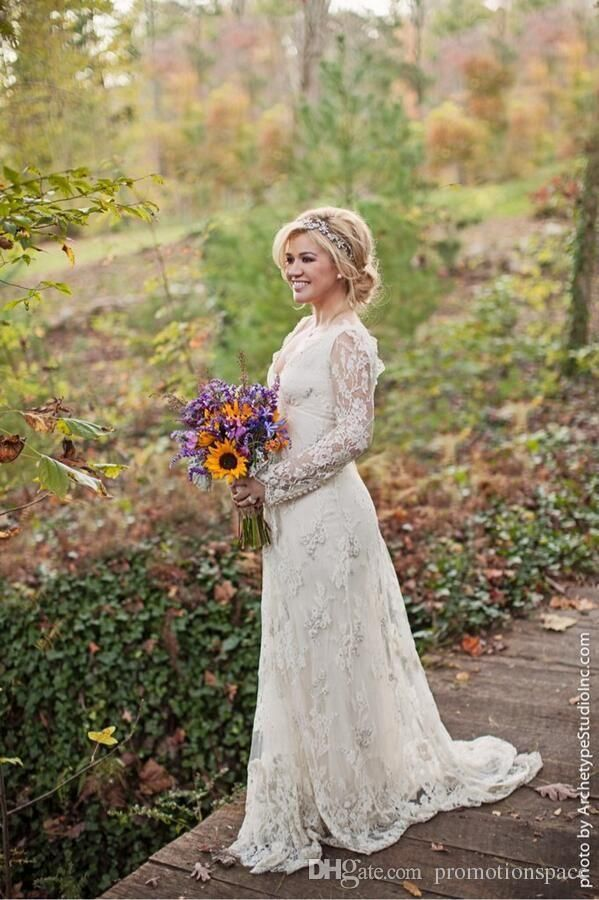 2016 Stunning Kelly Clarkson Country Wedding Dresses Spring Long Sleeves Beaded Bohemian Lace Wedding Dresses Plus Size Bridal Gowns