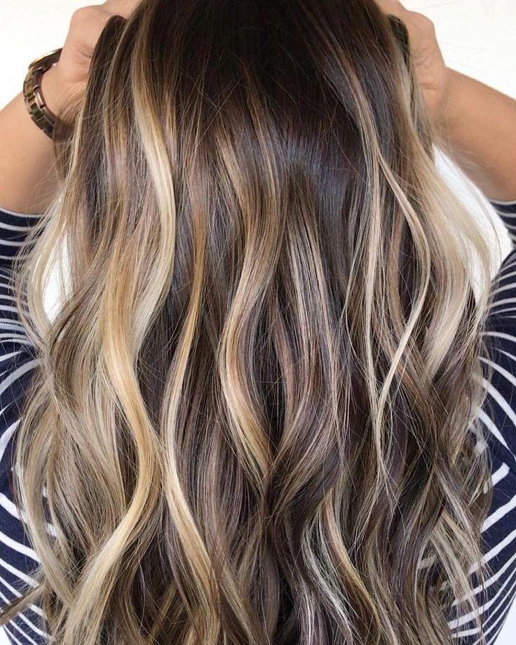 Faits Saillants Balayage Hair Styles Balayage Faits Hair Saillants Styles Cheveux Bruns Meches Blondes Cheveux Cheveux Meches