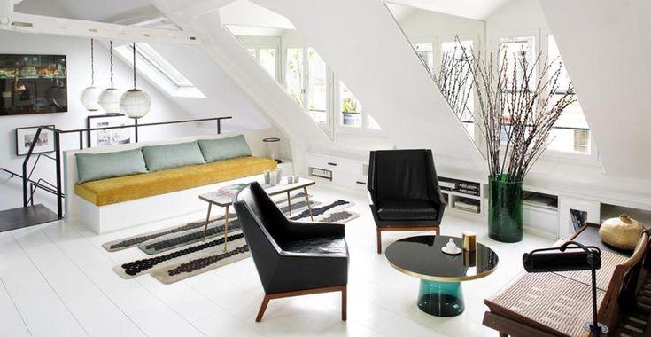 170 mq a Parigi. E' la casa di Sarah Lavoine, creativa e designer. L'atmosfera 'parisienne' della sua casaderiva dall'accostamento e