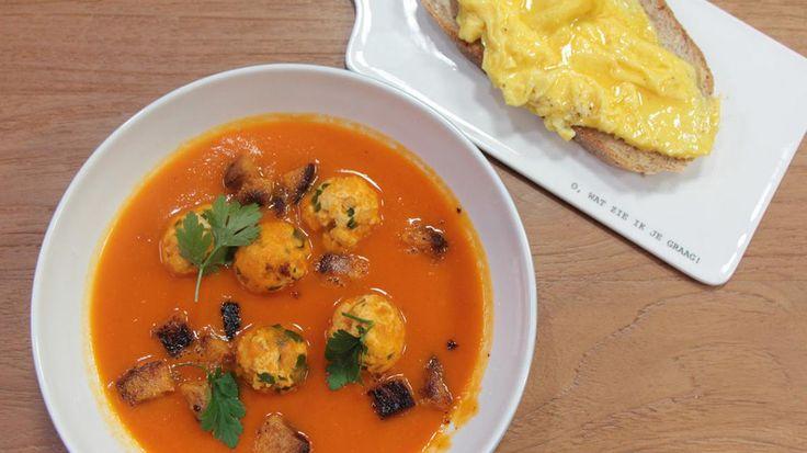 Tomaten-pompoensoep met balletjes en toast omelet | VTM Koken