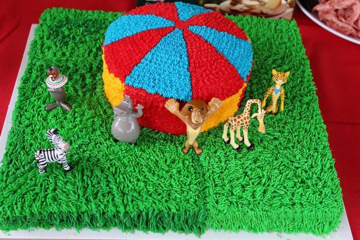 DIY Circus Themed Cake