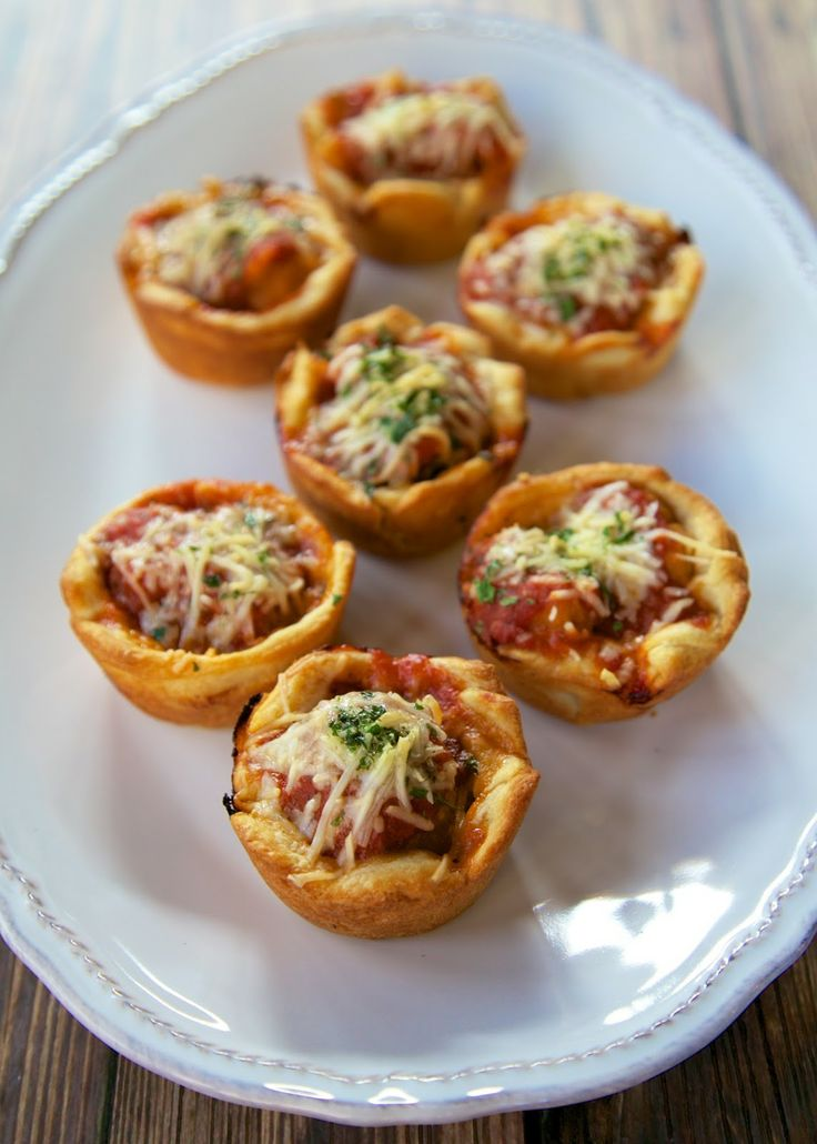 Chicken Parmesan Cupcakes - chicken parmesan bites made in the muffin pan
