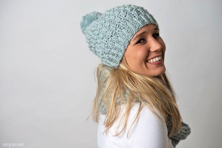 Bommelmützen - Alpakamütze Bommelmütze Pudelmütze Pom Pom Eisblau - ein Designerstück von amjasnet bei DaWanda