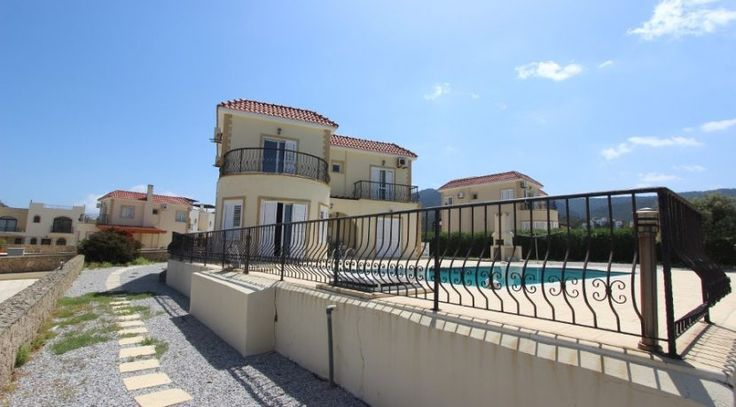 Bahceli Cllifftop Frontline Villa 3 Bed