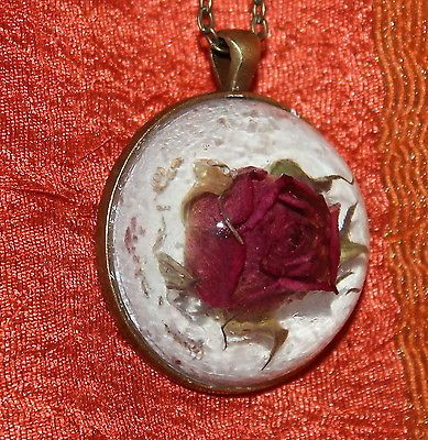 Real Dried Rose on the Snow / Cabochon Bronze Chain Pendant Necklace Jewelry