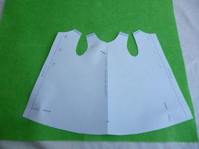 Patrones y tutorial para hacer un vestido para la muñeca nancy