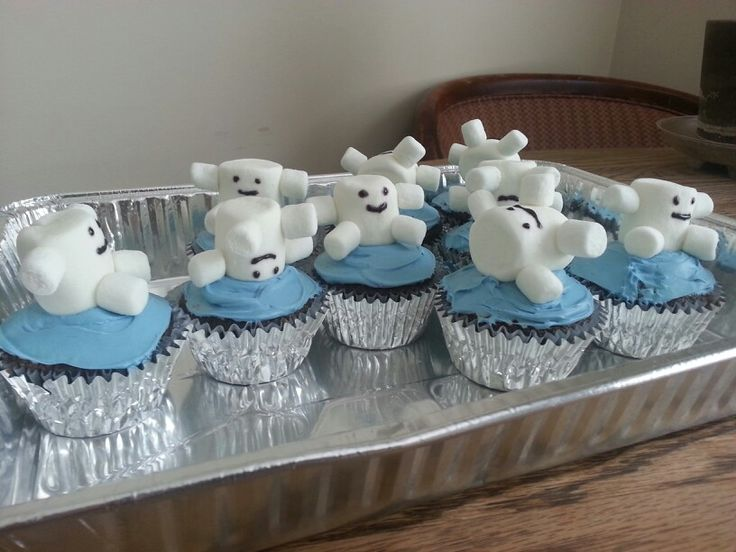 Doctor Who marshmallow Adipose cupcakes.