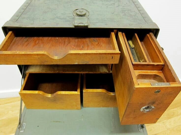 An Old Army Field Desk I Want Another One Furniture